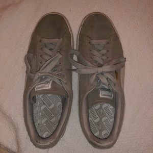 Puma Classic Grey Suede Sneakers Women's size 9
